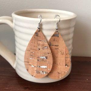 Classic teardrop cork and silver earring